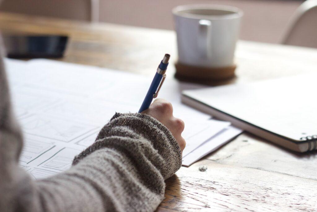 Students prefer to buy pre written essays